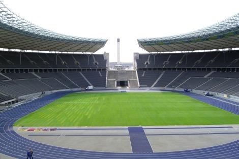 Olympic_stadium_football_field