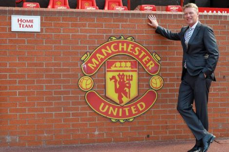 Mr. Moyes Goes to Manchester