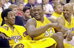 Look at how much fun Kobe and Shaw are having.