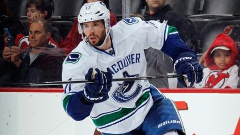 Despite pressure in the press, Kesler stayed in Vancouver.