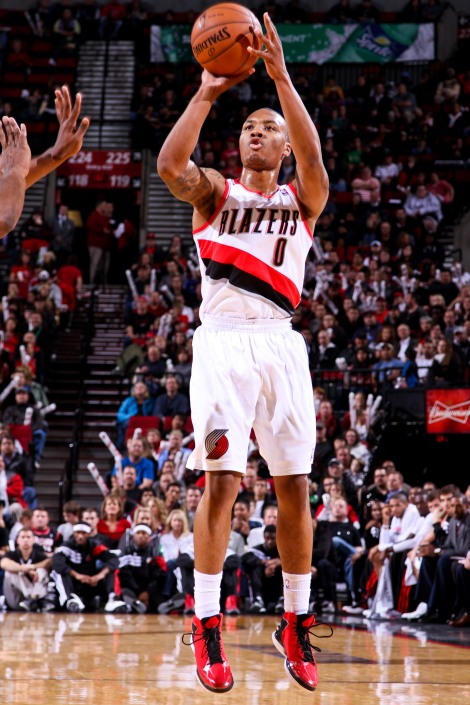 Damian Lillard doing what he does best.