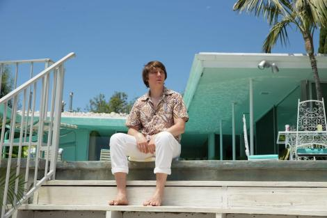Paul Dano as a young Brian Wilson.