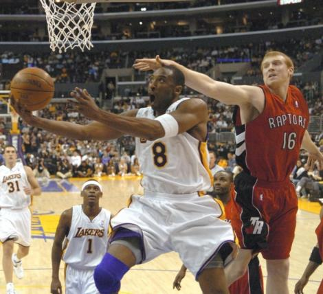 Still can't believe Matt Bonner couldn't find a way to stop Kobe Bryant.