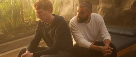 Ex Machina's Domhnall Gleeson and Oscar Isaac just want to bro out.